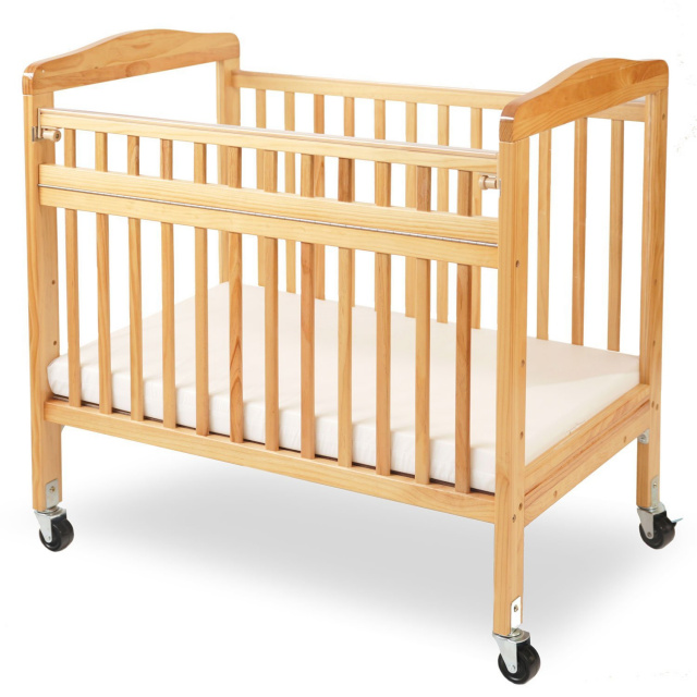 CW-530A-N Compact Non-folding Wooden Window Crib with Safety Gate
